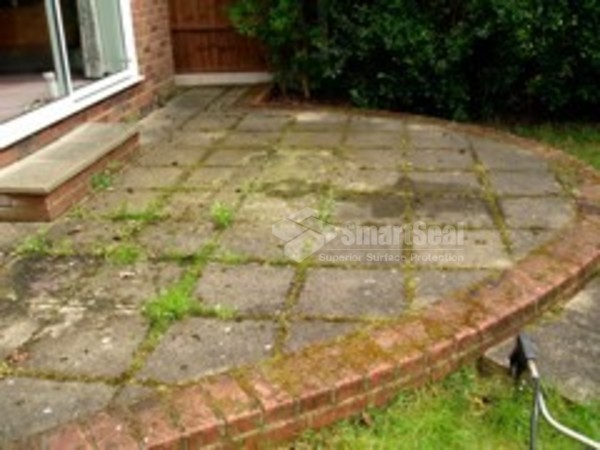 Paving slabs before restoration